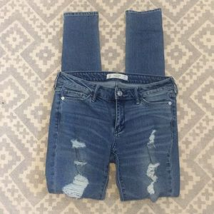 Abercrombie and Fitch jeans size 25x31